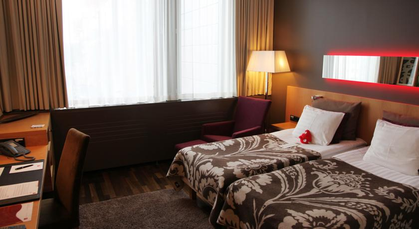 GLO Hotel Sello 4*