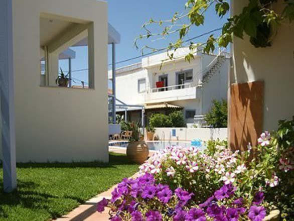 Niriides Apartments