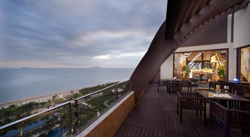 Hotel Pullman Oceanview Sanya Bay Resort & Spa