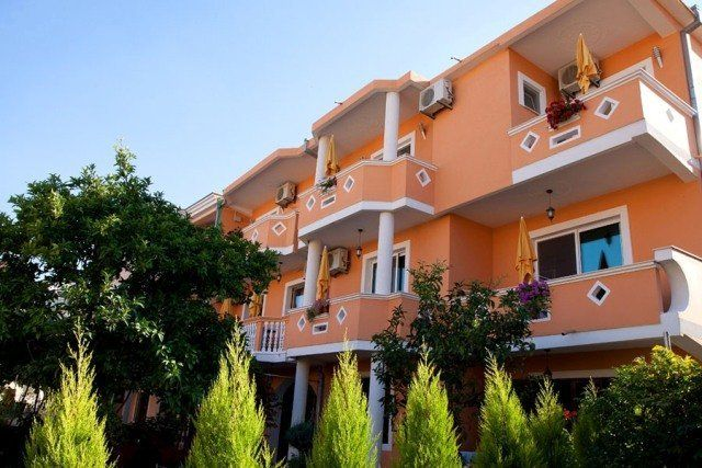 Villa Holiday Apartments
