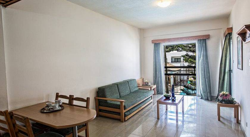 ANTHEA HOTEL APARTMENT CL.A