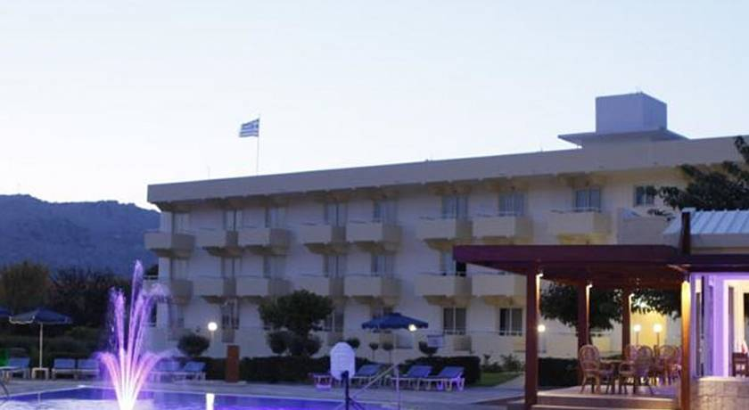 Zoes Hotel